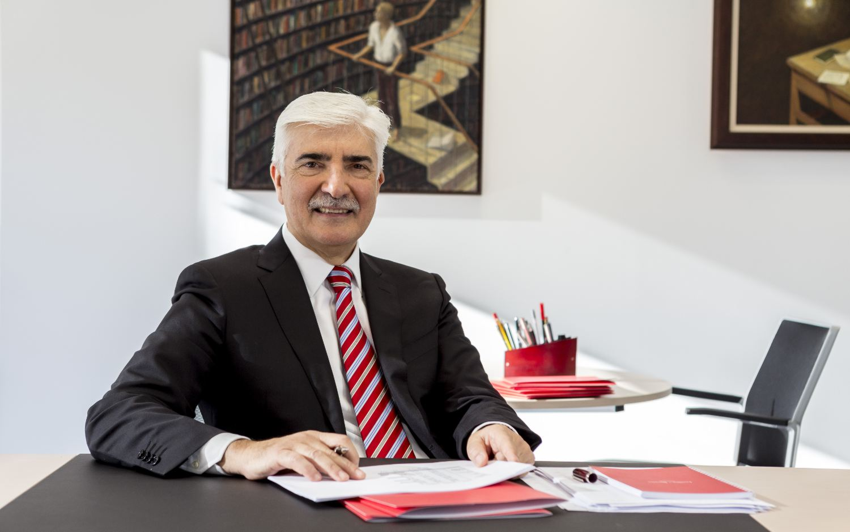 Eduardo Bécares Álvarez Guillén|Bécares