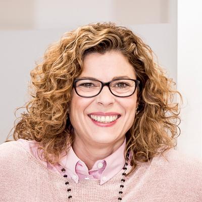 Mª Carmen Longa Reina